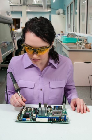 BeautifulWomanSoldering.jpg